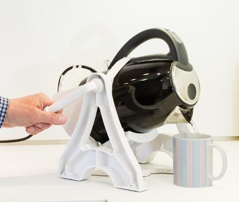 Plastic black kettle tipper